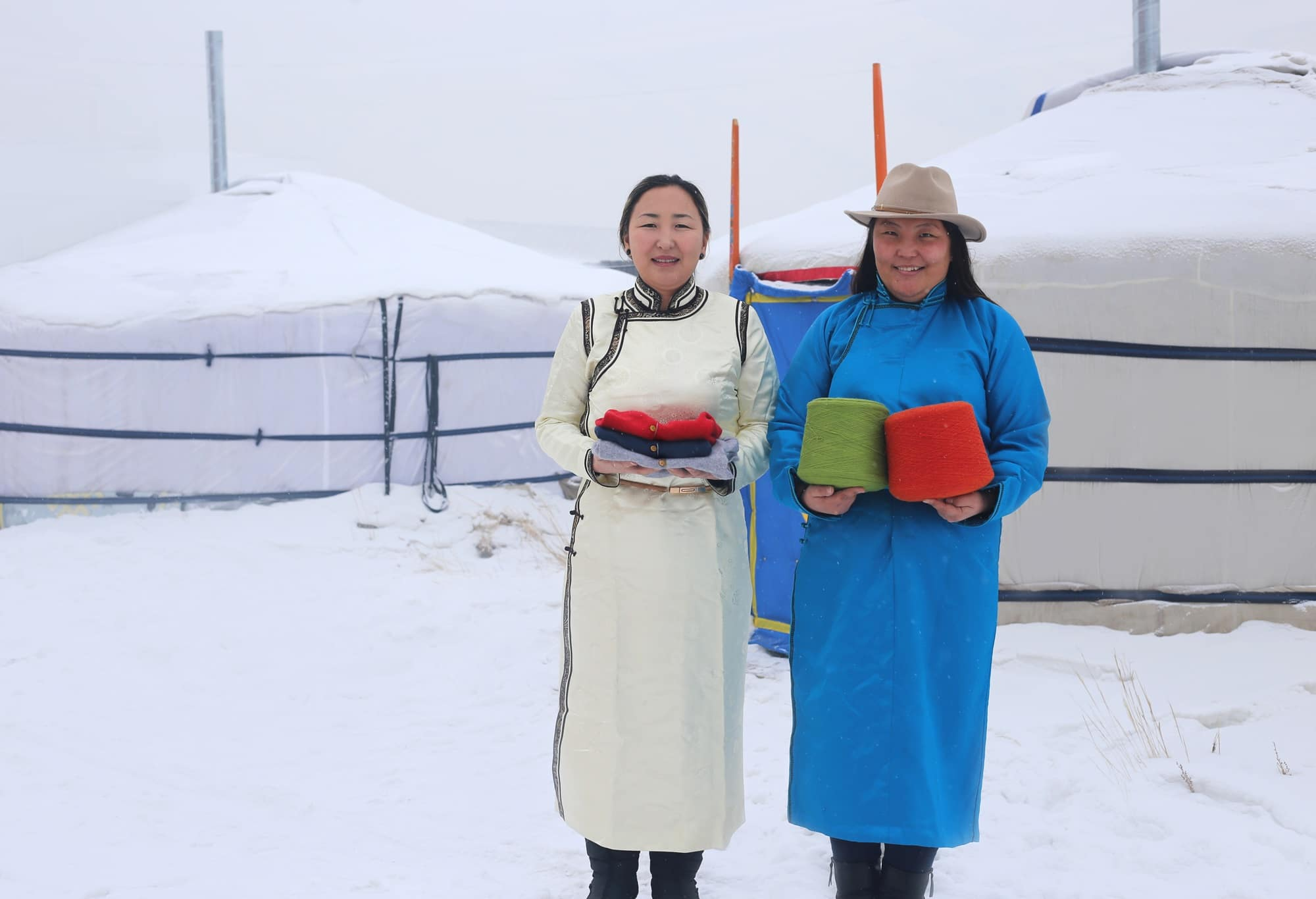 Members of MERRYCOOP in Mongolia who are involved in the cashmere project